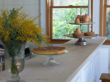 オーダーキッチンは、予算を掛ける所と掛けな所を割り切る事で、安く作る事も可能の画像