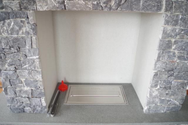 エタノール暖炉を使ったマントルピースのオーダー製作