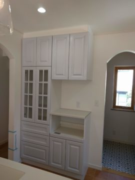 キッチン、カップボードの扉交換。。。練馬区の画像