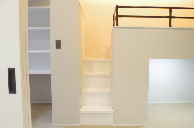 階段収納のオーダー製作