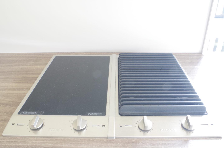 Miele(ミーレ)のIHクッキングヒーターとグリルの輸入機器の組み合わせ