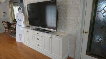 壁面装飾とTVボード。。。 | ワイズキッチンファクトリーの画像